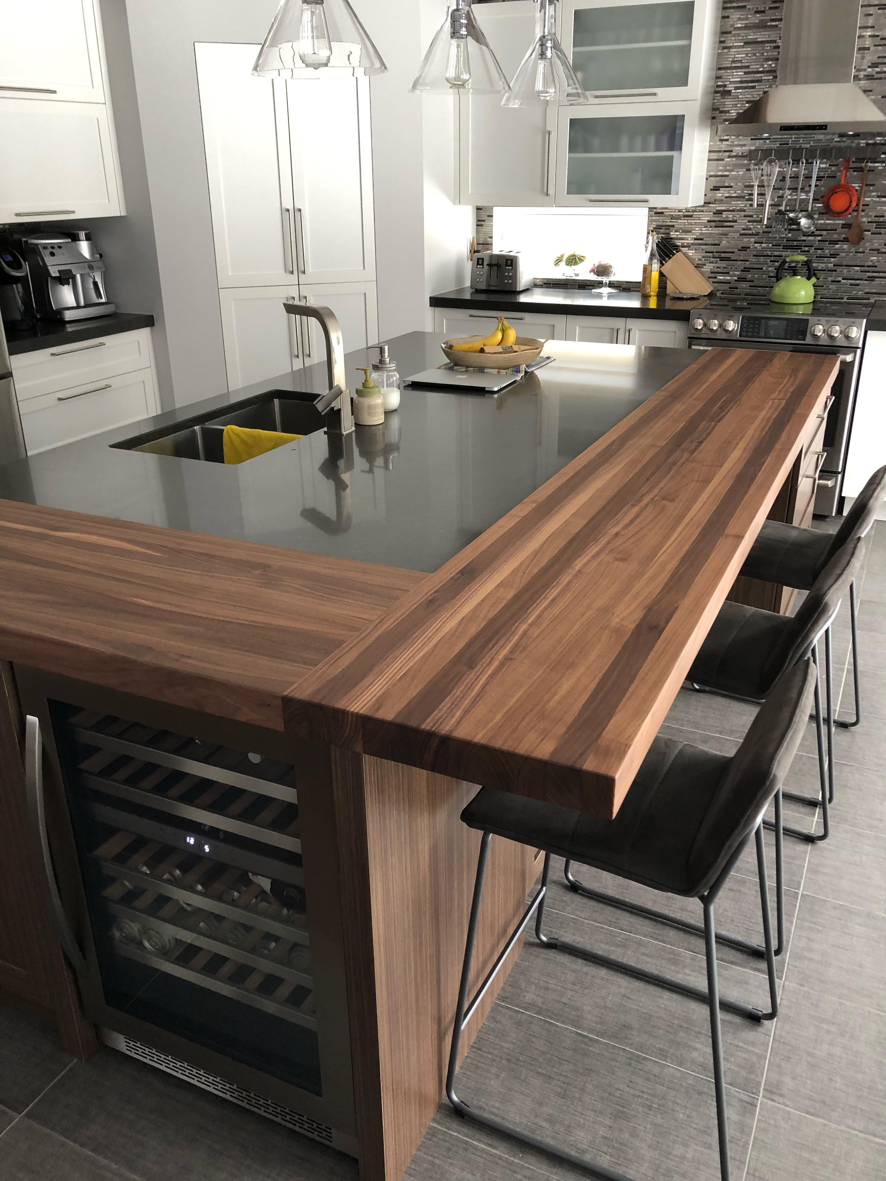 Comptoir lunch Noyer   Wood countertops, Kitchen trends, Kitchen ...