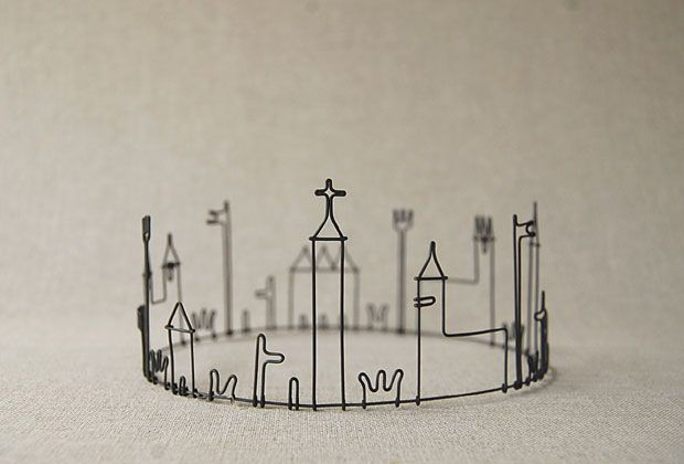 Masao Seki Wire Sculpture Gallery Crown Rounding Rh Com Diy Art Display Kids