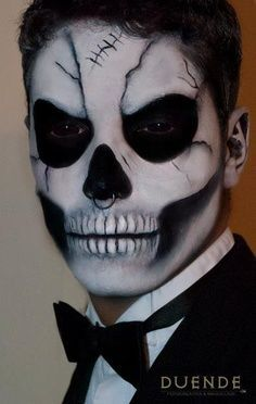 Maquillage Dhalloween Tête De Mort Pour Homme Maquillage