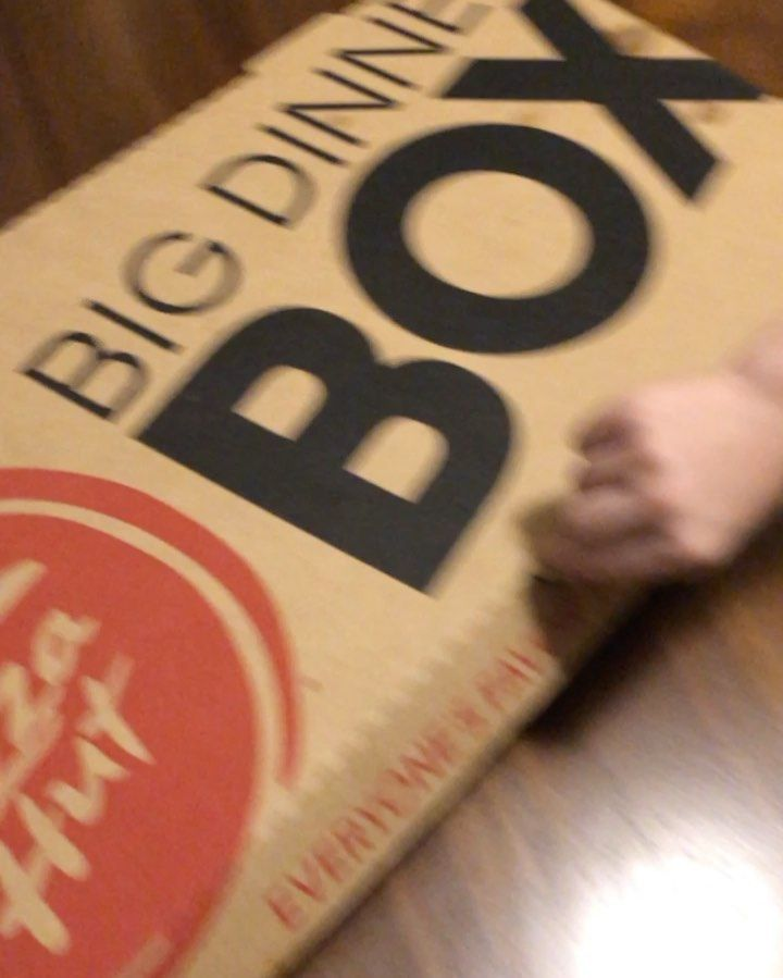 Friday night family dinner is a @pizzahut big box! First time ever having it. Delicious. Pizza and a movie @harrypotterfilm!    #photo #photooftheday #friday #friyay #movie #movies #movienight #pizza #pizzahut #pizzatime #foodporn #food #foodphotography #foodstagram #foodies #foodie #harrypotter #followme #fridaynightdinner
