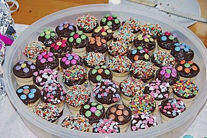 Kleine Kuchen im Waffelbecher Rezept Kleiner kuchen