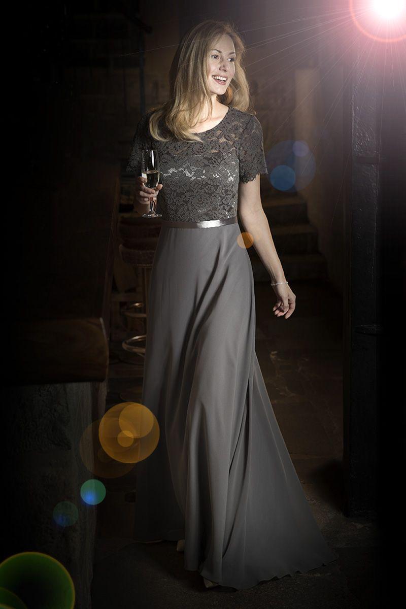 Kleemeier #Abendmode #Abendkleid #eveningdresses ...ein glanzvoller ...