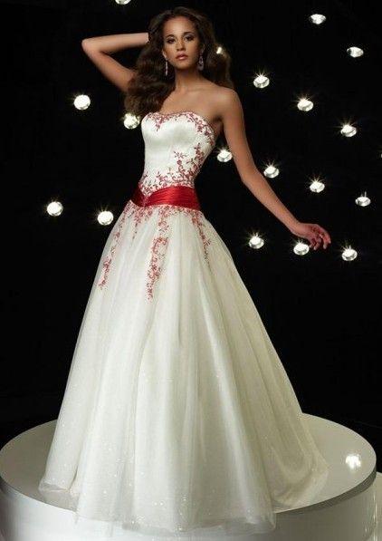 10 Best images about Romantic Wedding Dress 2 Color on Pinterest ...