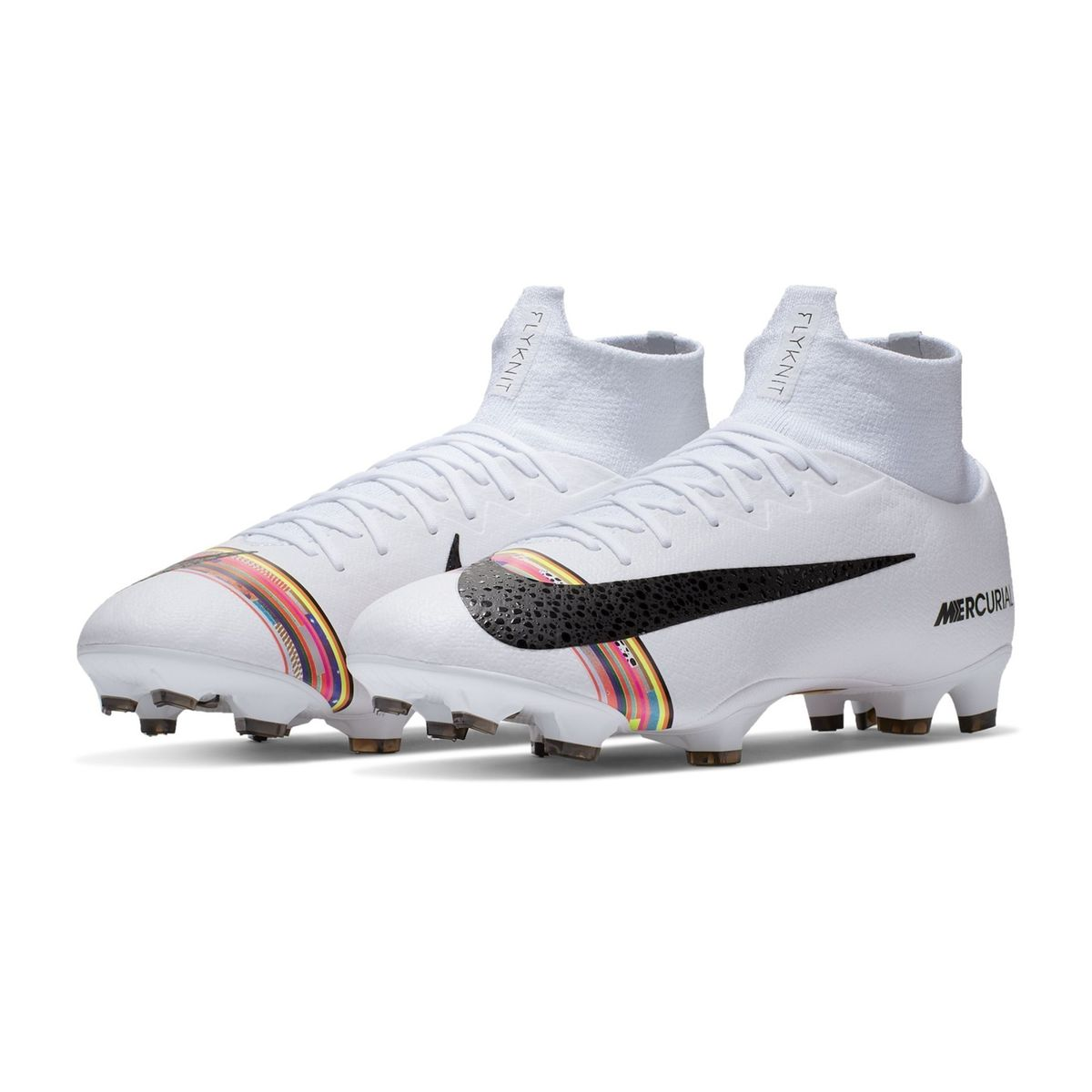 chaussure crampons foot nike