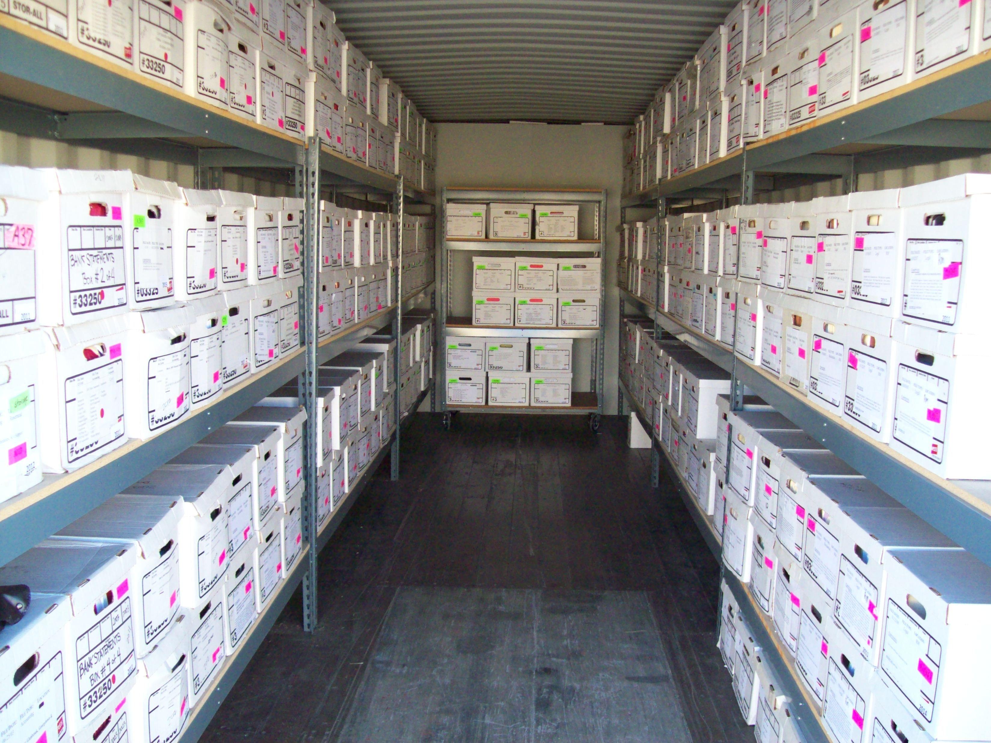 Clean Secure Convenient Storage Across The U S Self Storage Storage Unit Secure Storage
