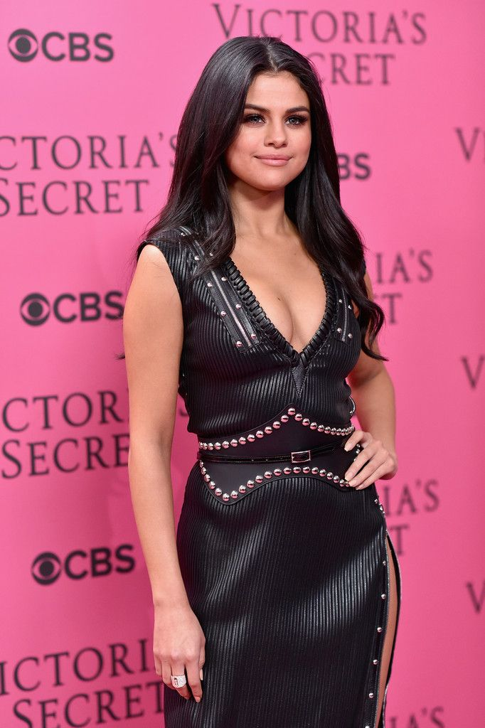 Selena attending the Victoria's Secret fashion show after party