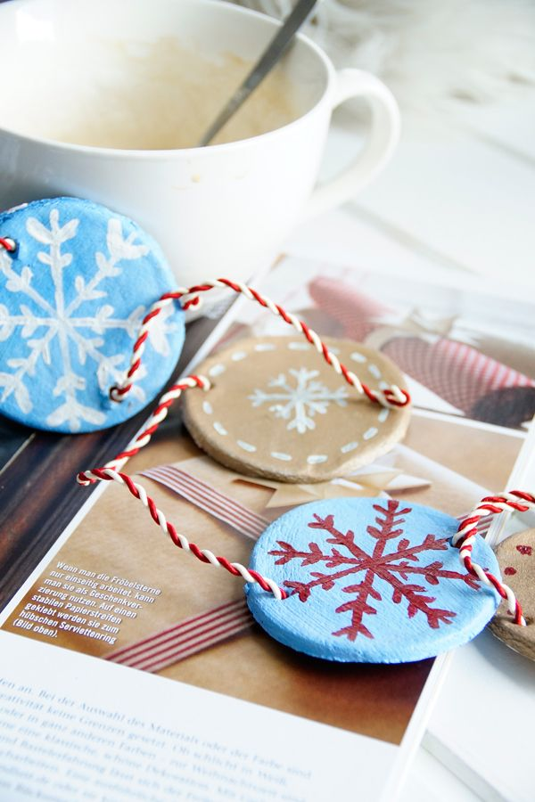 diy salzteig deko selber machen girlande aus salzteig basteln weihnachten pinterest. Black Bedroom Furniture Sets. Home Design Ideas
