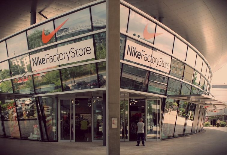 Nike Outlet Wolfsburg | Fashion Stores Germany | Nike outlet, Nike ...