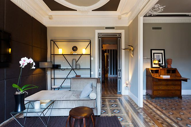 Sitting Og A Luxury Apartment For Rent In Barcelona Golden Collection Suite Rooms For Rent Apartment Barcelona Apartment