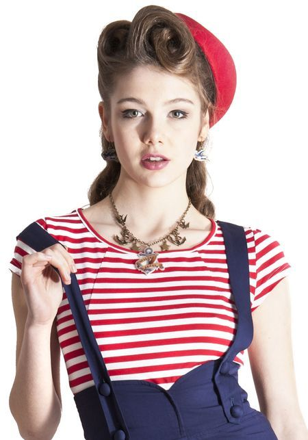 Alice Red T-shirt from Collectif