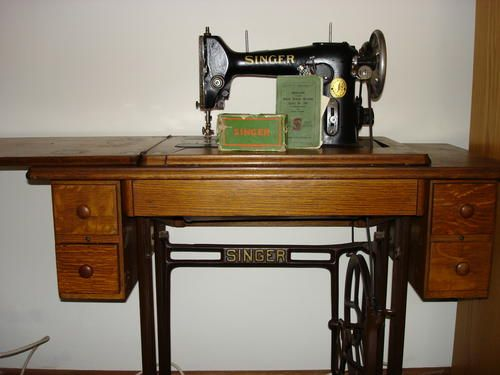 Singer Sewing Machine My Past Pinterest Sewing Antique Sewing Best 100 Year Old Singer Sewing Machine Value