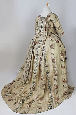 Met Museum 18th Century Brocade Harps Floral Pattern Sacque Back Gown 1750 80 Antique Dress 18th Century Fashion Antique Wedding Gown