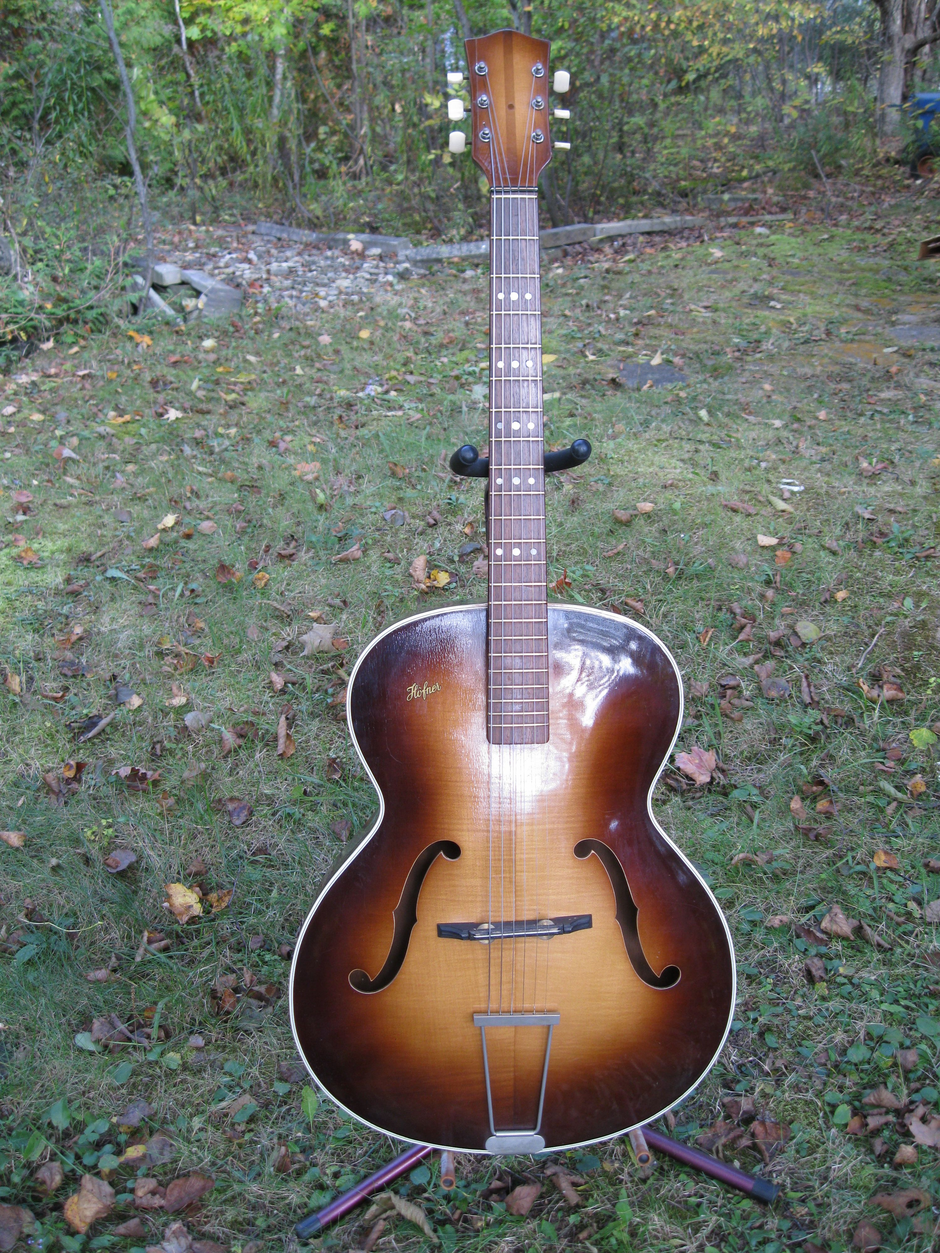 Old Hofner Guitars are really cool