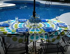An Pool Party Comes Together Quickly With Umbrella Tablecloth And A Few Unbreakable Dishes