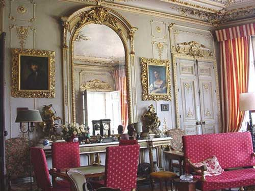 Renaissance style decorating ideas   Classical interior