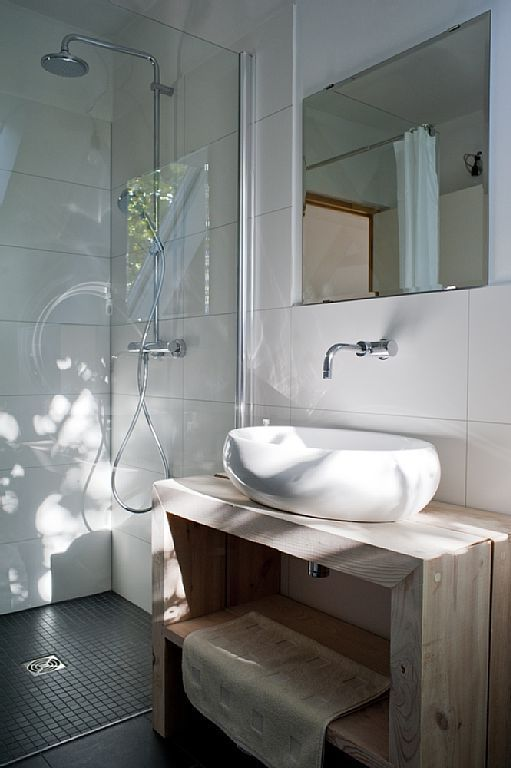 Rundes Waschbecken im Gäste-Wc. | Badezimmer einrichten | bathroom ...