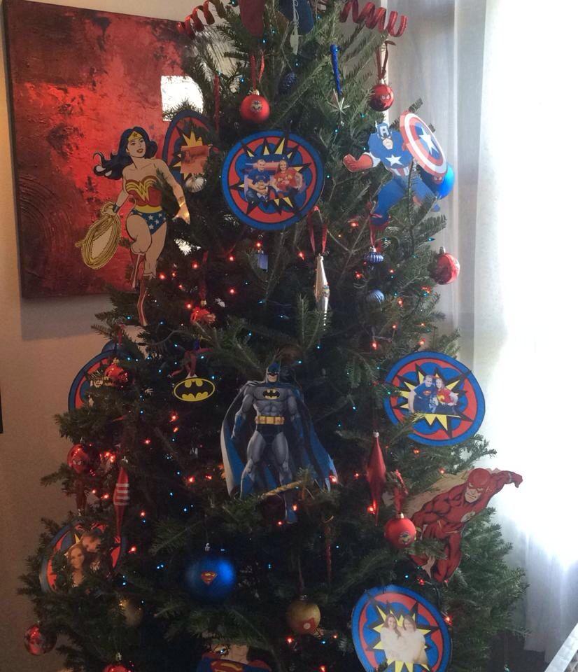 Superheroes christmas tree sara lydia 2014 decoraci n - Decoracion navidad para ninos ...
