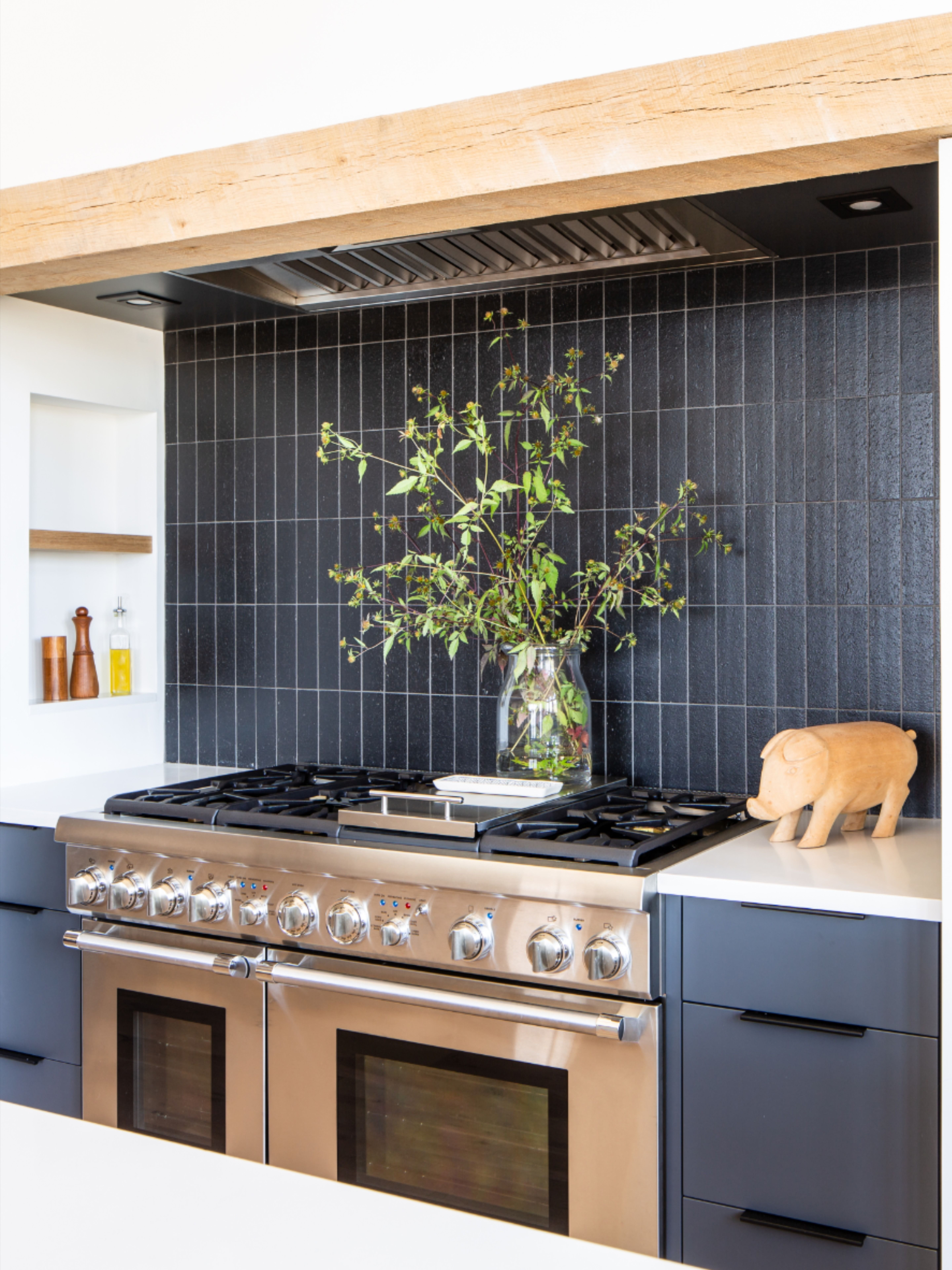 Liberty Brick 2 1 2 X8 X3 8 Lennox In 2020 Black Tiles Kitchen Kitchen Remodel Rustic Kitchen