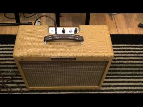 Victoria 5112 Guitar Amp | The Music Gallery - YouTube