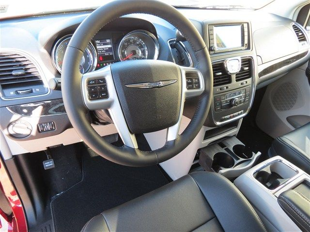 2014 Chrysler Town Country Touring Red Leather Seats Ssdodge