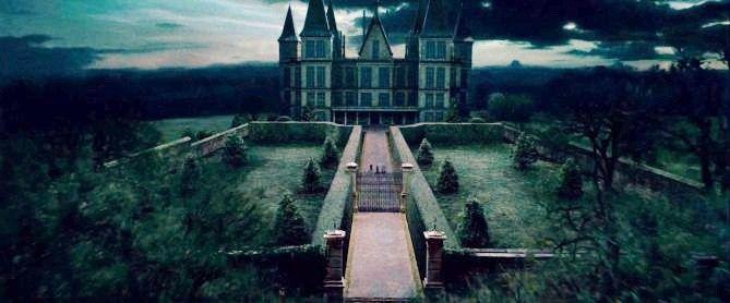 ผลการค้นหารูปภาพสำหรับ malfoy castle