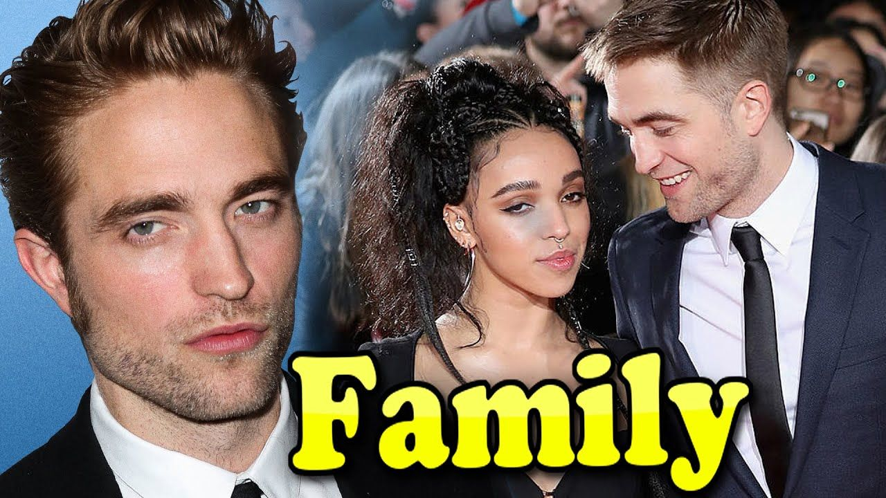 Robert Pattinson Family With Father,Mother and Girlfriend