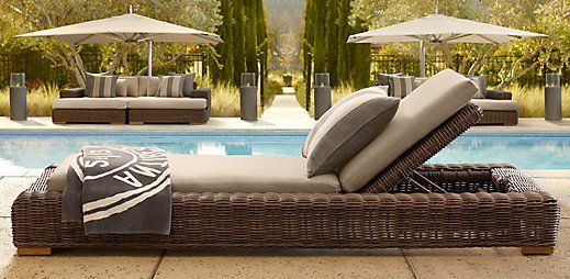 Mmmm If We Had A Pool Nice Weather And This Lounge Chair