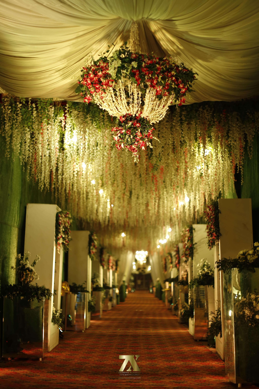 Wedding Decoration Entrance Ideas Greenery Wedding Entrance Decoration Idea7x A Destinati Wedding Entrance Decor Wedding Entrance Wedding Decor Elegant