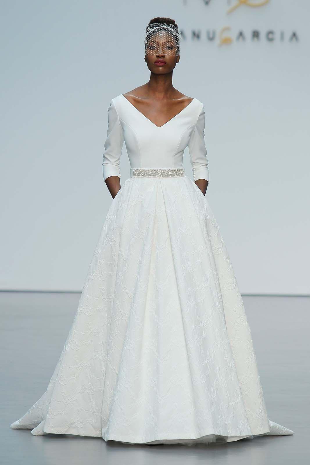Great Vestidos De Novia Corte Romano Contemporary - Wedding Ideas ...
