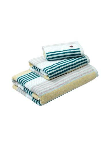 Lexington-tuotteet kotoisaan ja hillittyyn sisustukseen. Tutustu stockmann.com-verkkokaupassa ja tilaa Original Striped -pyyhe jo tänään!