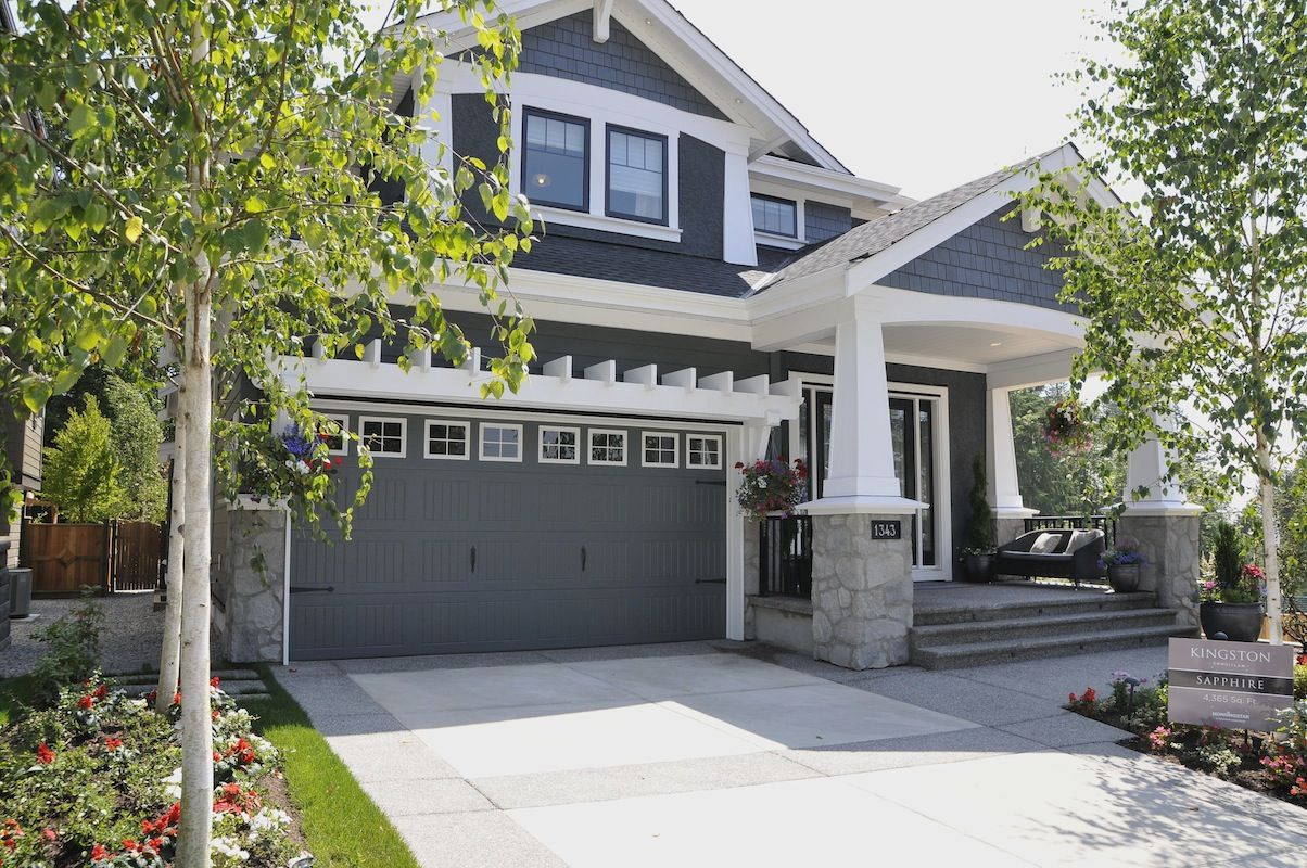 Blue house with white trim and rock details exterior - White house with blue trim ...