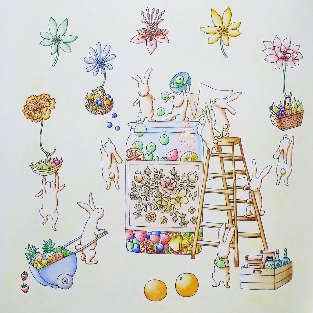 もうすぐ中秋の名月ということで月でのうさぎの暮らしをイメージして塗ってみました お餅じゃないけれど 花と猫とどうぶつの物語 大人の塗り絵 おとなの塗り絵 おとなのぬりえ コロリアージュ ぬりえ 塗り絵 Coloriage Drawing Coloring 色鉛 塗り絵 色