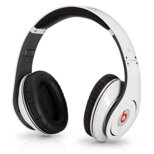 Beats by Dr Dre Earphones  e7d1d6356