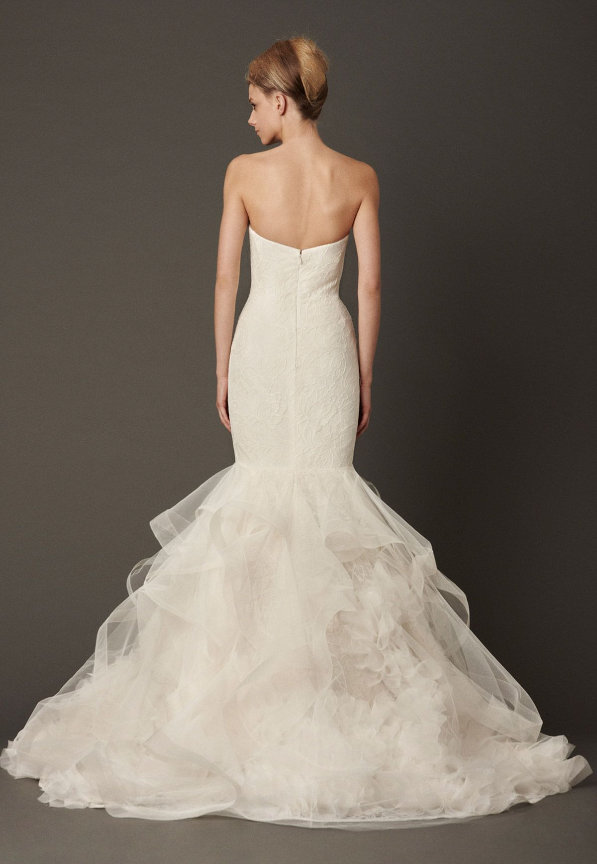 Presenting the Vera Wang Fall 2013 Bridal Collection. Browse, print, and share these wedding dresses.