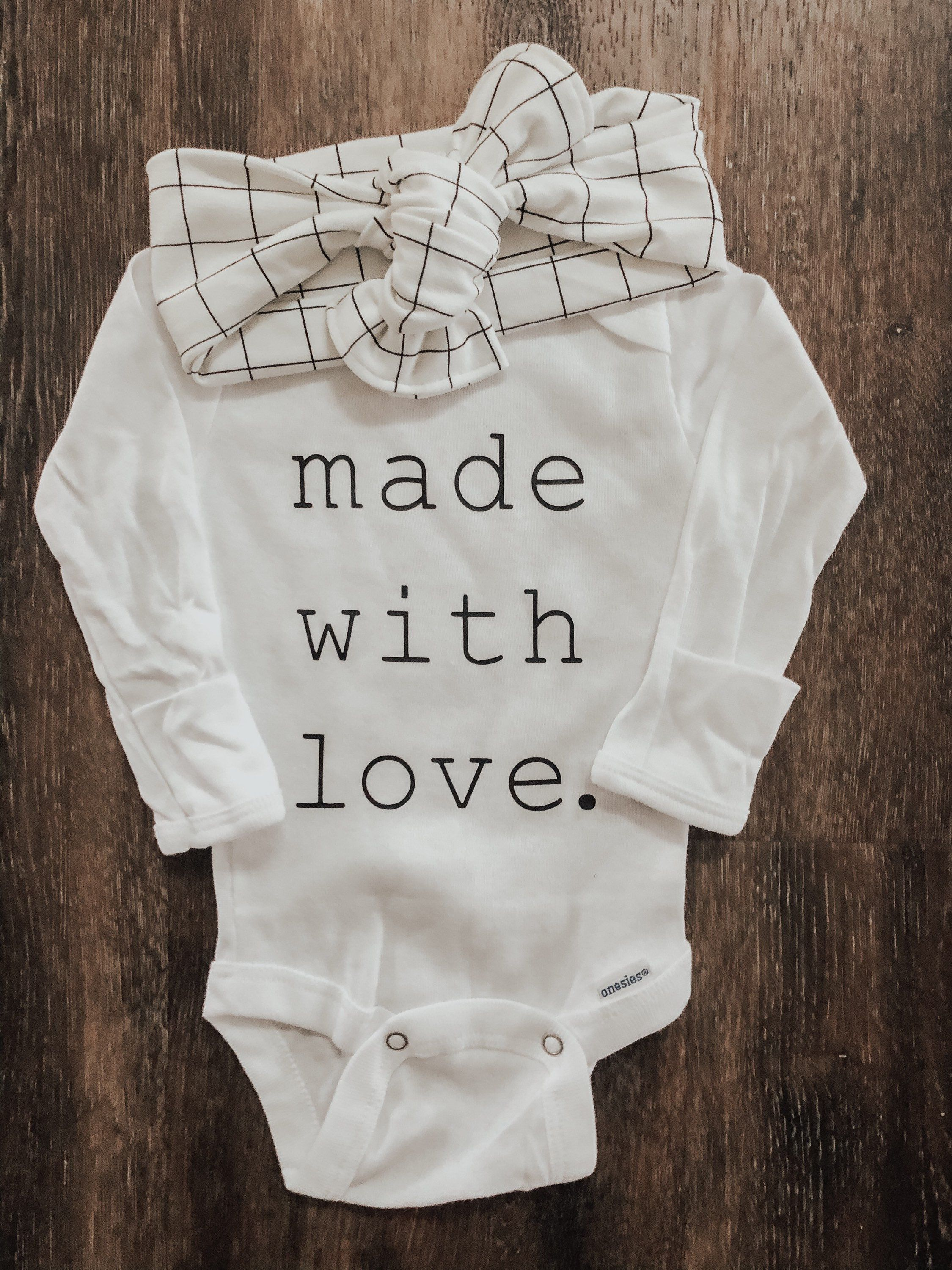 Made With Love Loved Newborn Outfit Gender Neutral Shirt Etsy Newborn Boy Clothes Newborn Girl Outfits Newborn Outfit