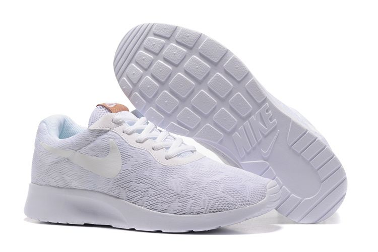 the latest b5d73 0ebb3 Nike Tanjun Lace White Running Shoes