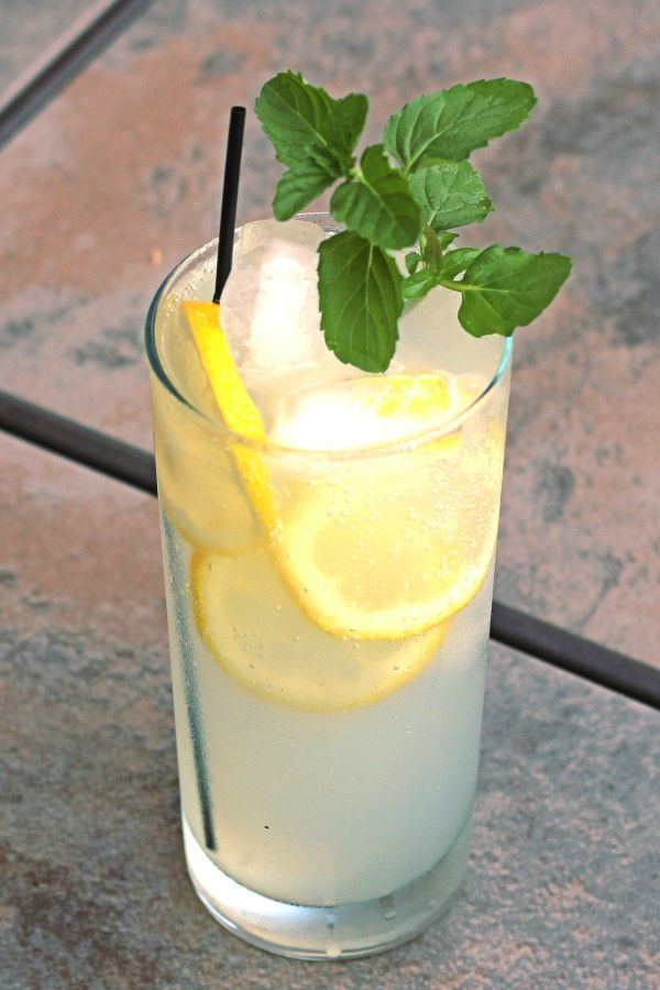 A refreshing drink to serve at your next summer party, this Limoncello Collins Cocktail is perfect for sipping alongside one of our CPK oven-ready pizzas.