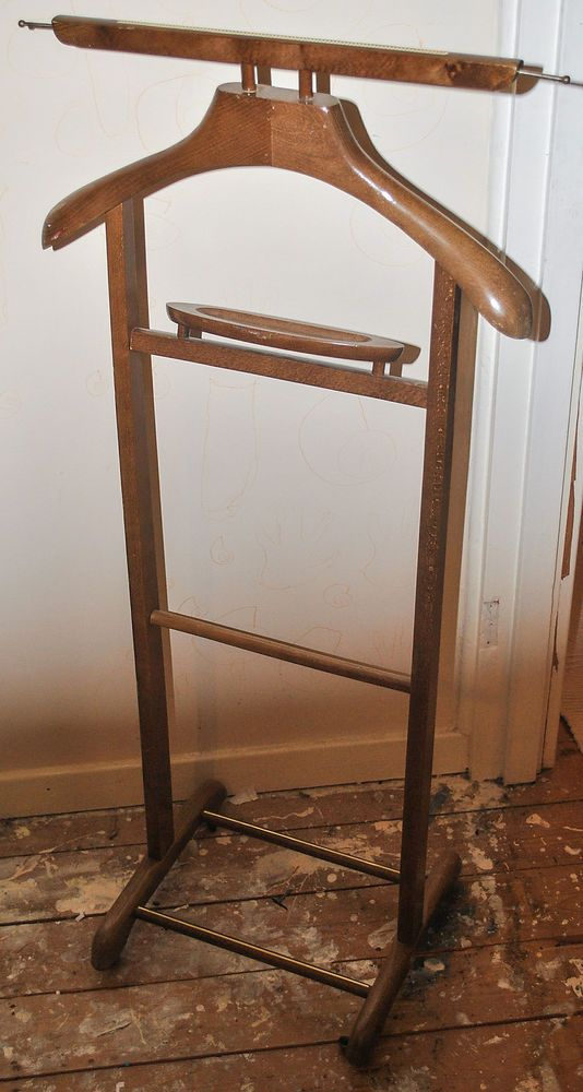 Vintage wooden gentleman s suit clothes valet stand rack