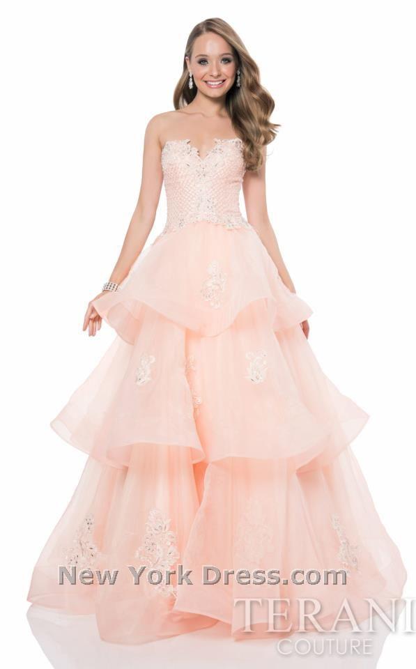 Rosa kleid mit perlen