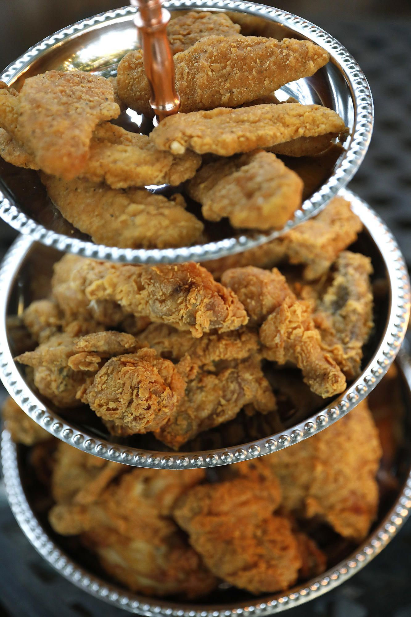 Entertaining: How to throw a fried chicken party | Party ...