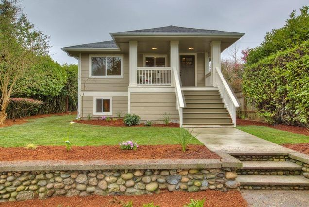 Home @ 5921 41st Ave SW with 4 bedrooms and 2.75 bathrooms for $575,000