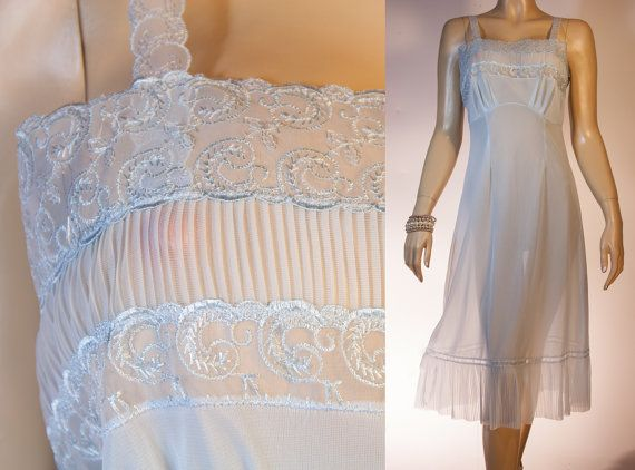 Romantic vintage slip - silky soft sheer powder blue Perlon and embroidered lace and pleat detail 50's full slip petticoat unterkleid - 2738...