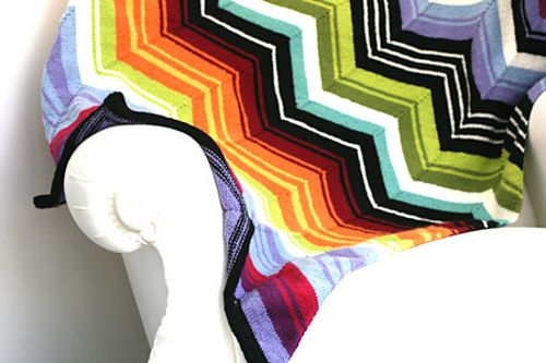 Missoni Inspired Chevron Blanket #knit pattern by Kelly Kingston, available free on Ravelry