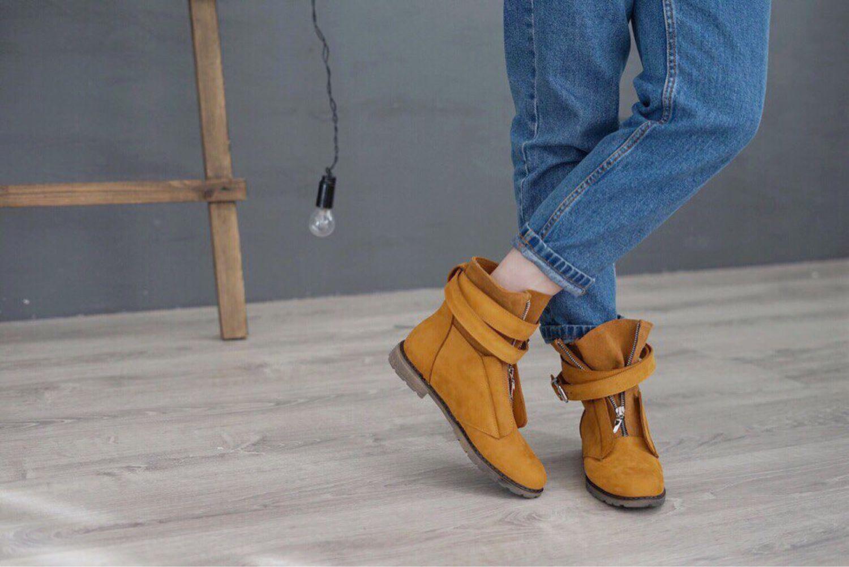 0ba5ac240 Женские ботинки с ремнем - купить или заказать в интернет-магазине на  Ярмарке Мастеров