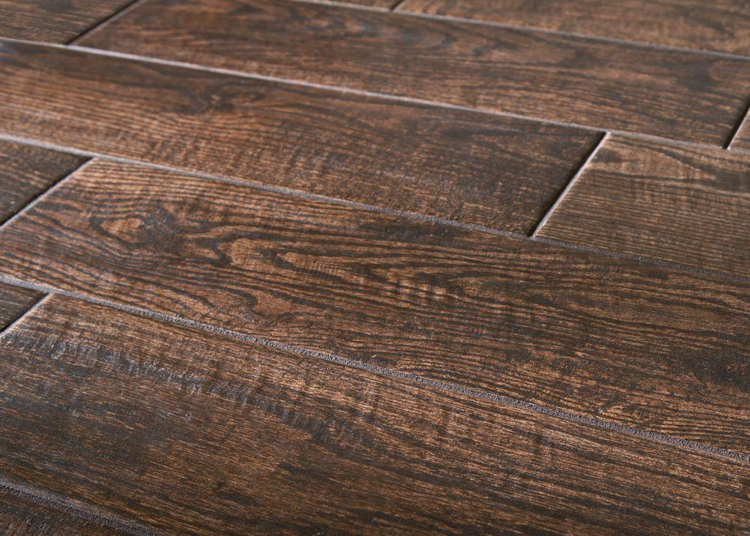 Great article on natural wood floors vs tile flooring that looks like  hardwoods. The bigger - Natural Wood Floors Vs. Wood Look Tile Flooring: Which Is Best For