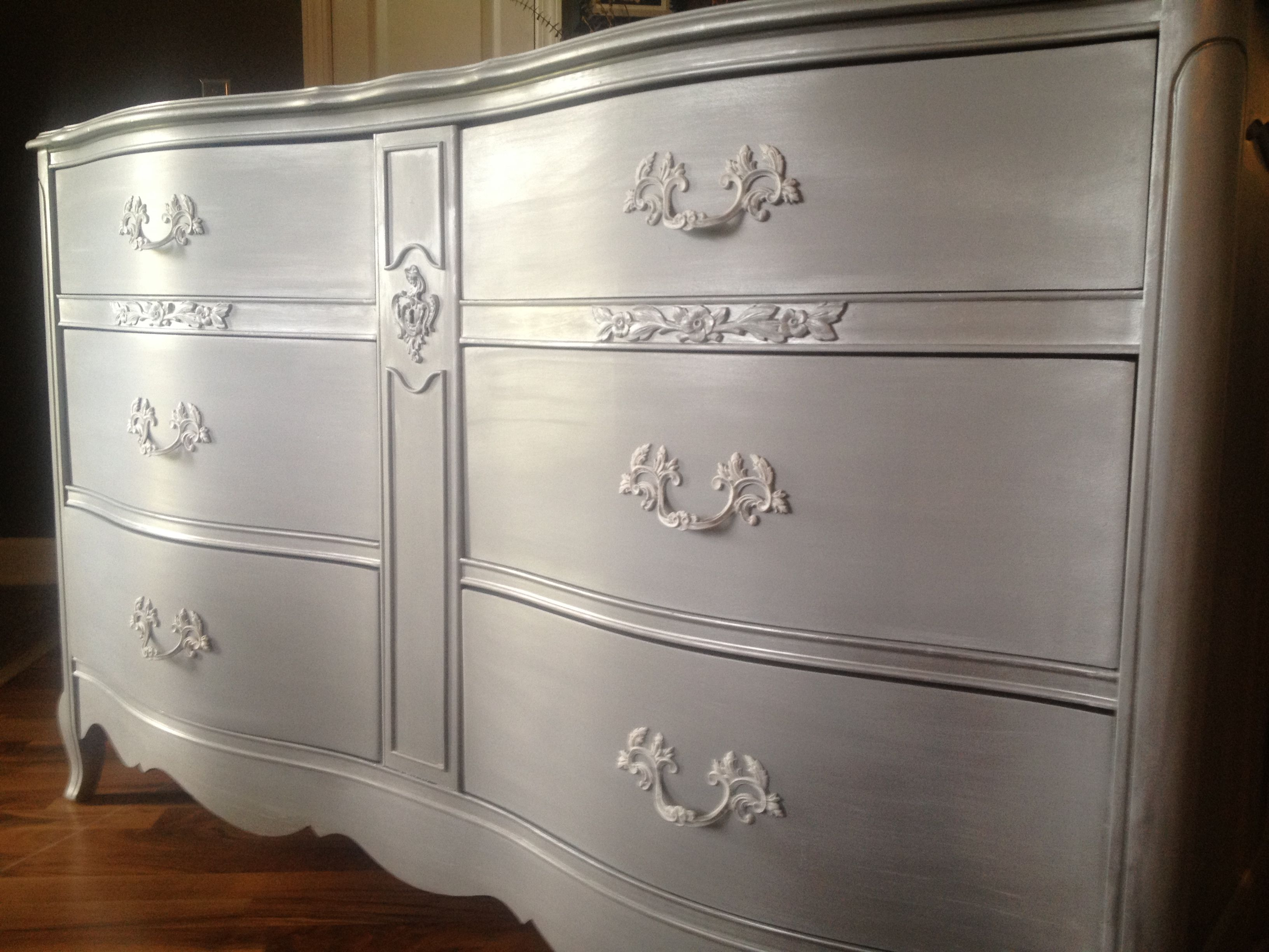 Metallic Silver Chalk Paint