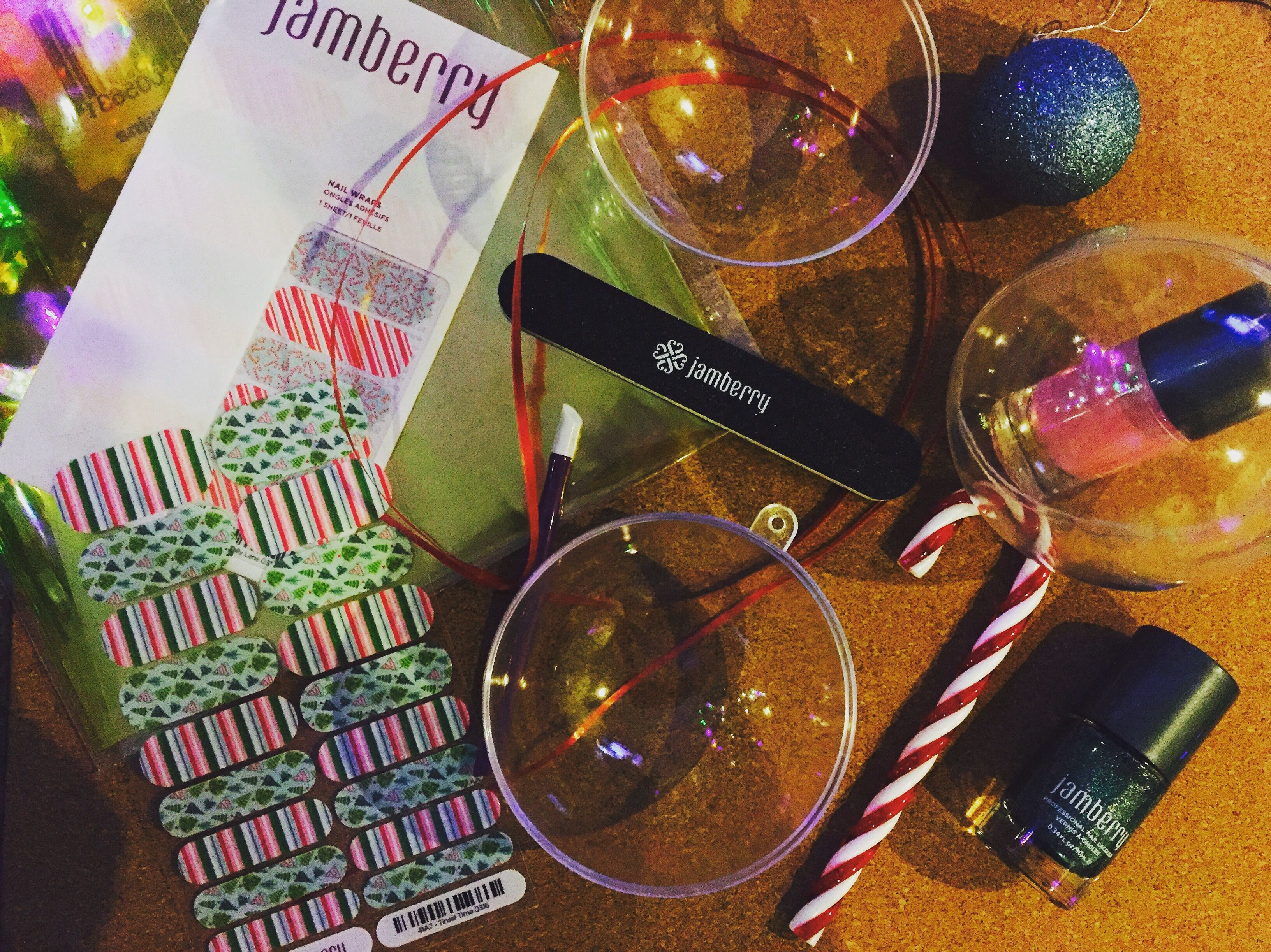 Jamberry makes great gift ideas. We're making teachers gifts and you can too. Contact me for more info https://reneehill.jamberry.com/au/en/
