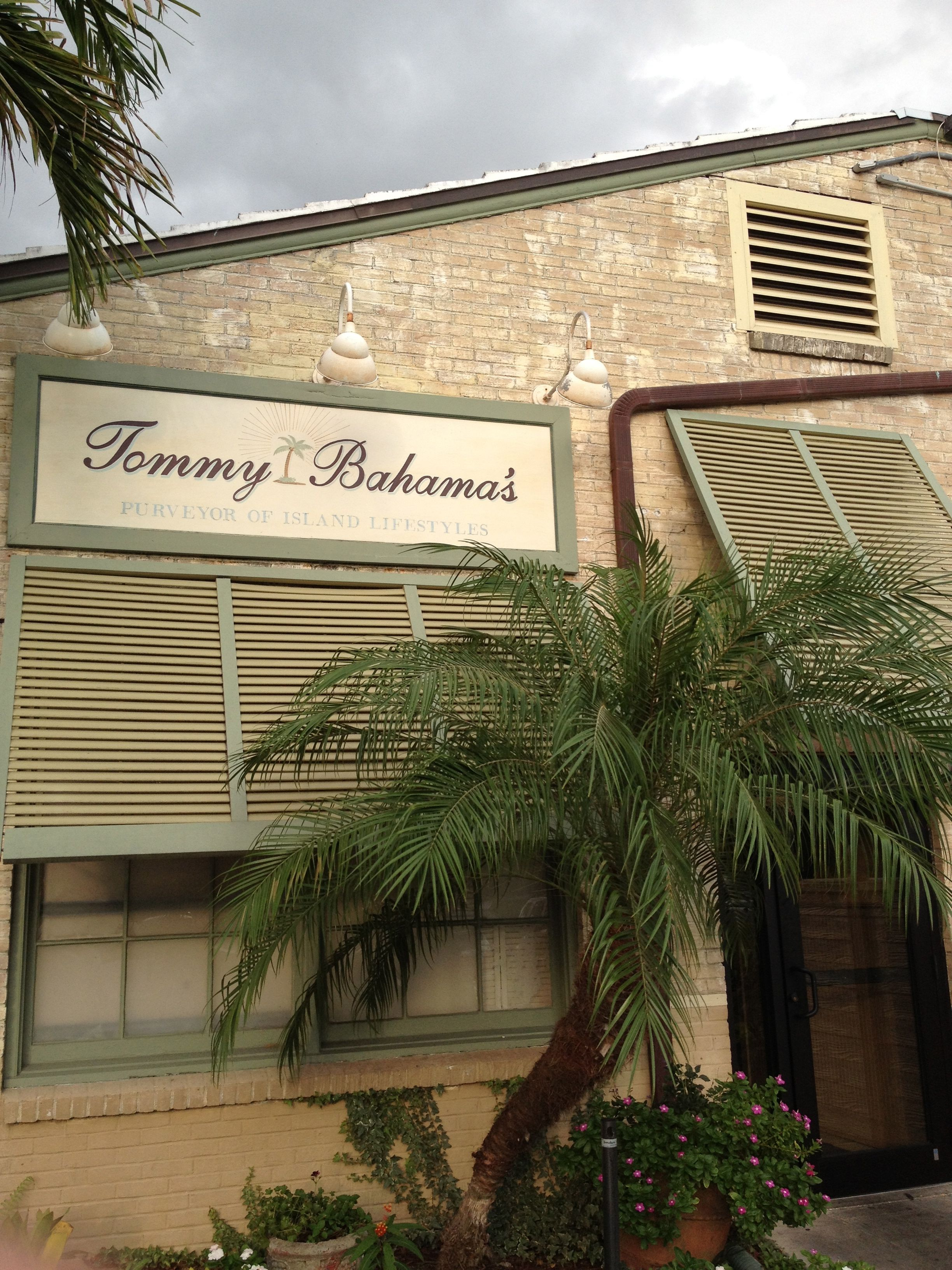 Tommy Bahama Naples, FL | Places I\'d Like To Visit | Pinterest ...
