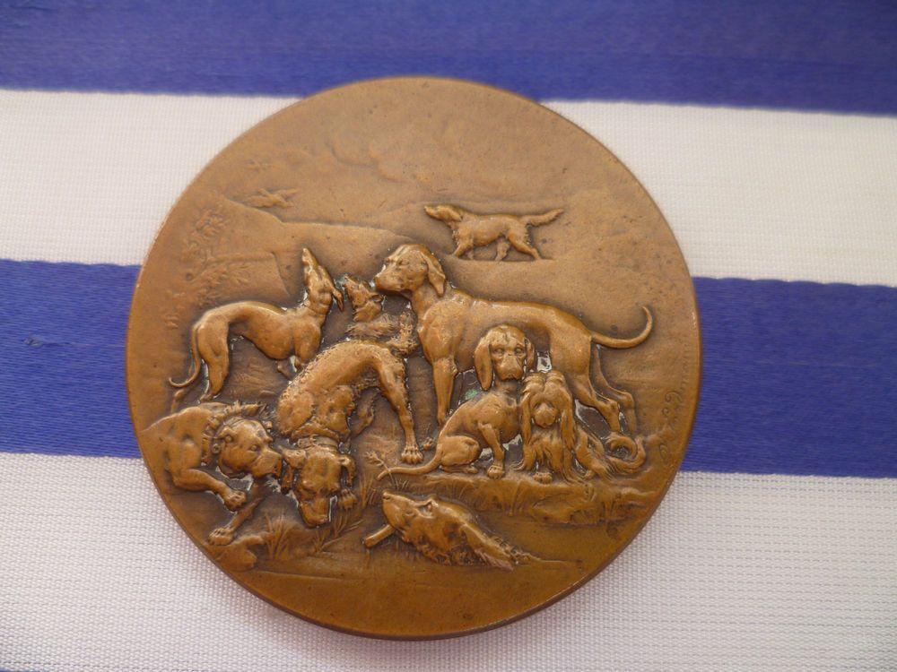 "Rare French Bronze Art Medal ""Meute""by A Erdmann Hunting Dogs Greyhound Labrador"