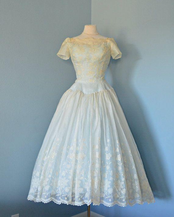 Vintage 1950s Wedding Dress...Beautiful Ivory Silk Organza CAHILL ...